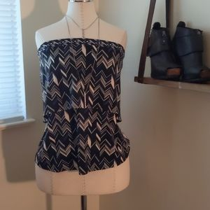 Deco Patterned Strapless Top